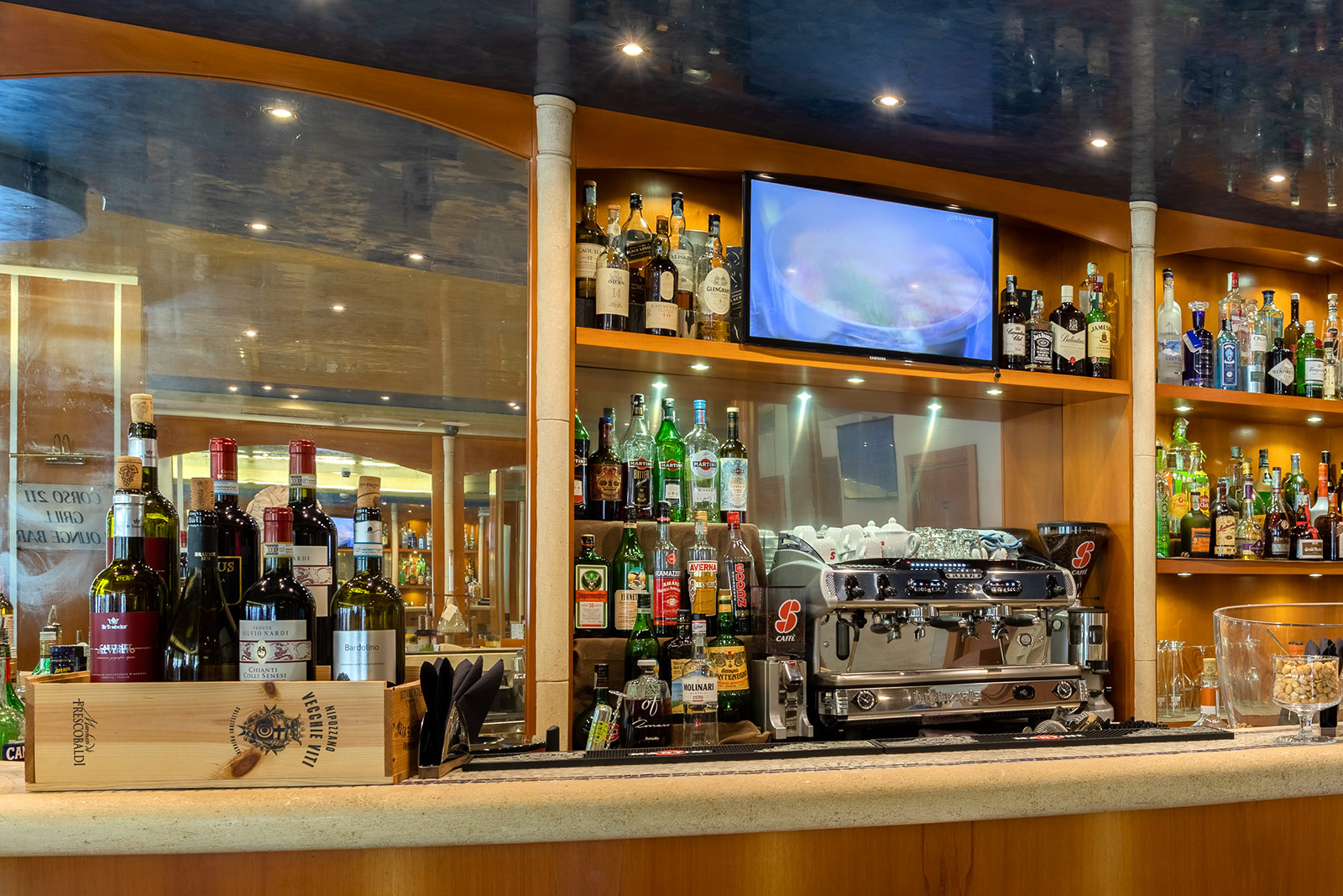 bar-hotel-ambasciatori