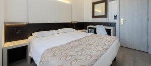chambre-double-standards-hotel-ambasciatori