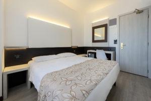 standard-double-room-hotel-ambasciatori